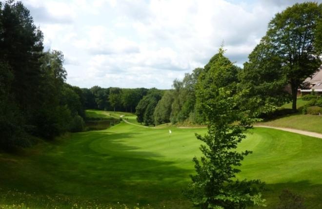 Un parcours de golf